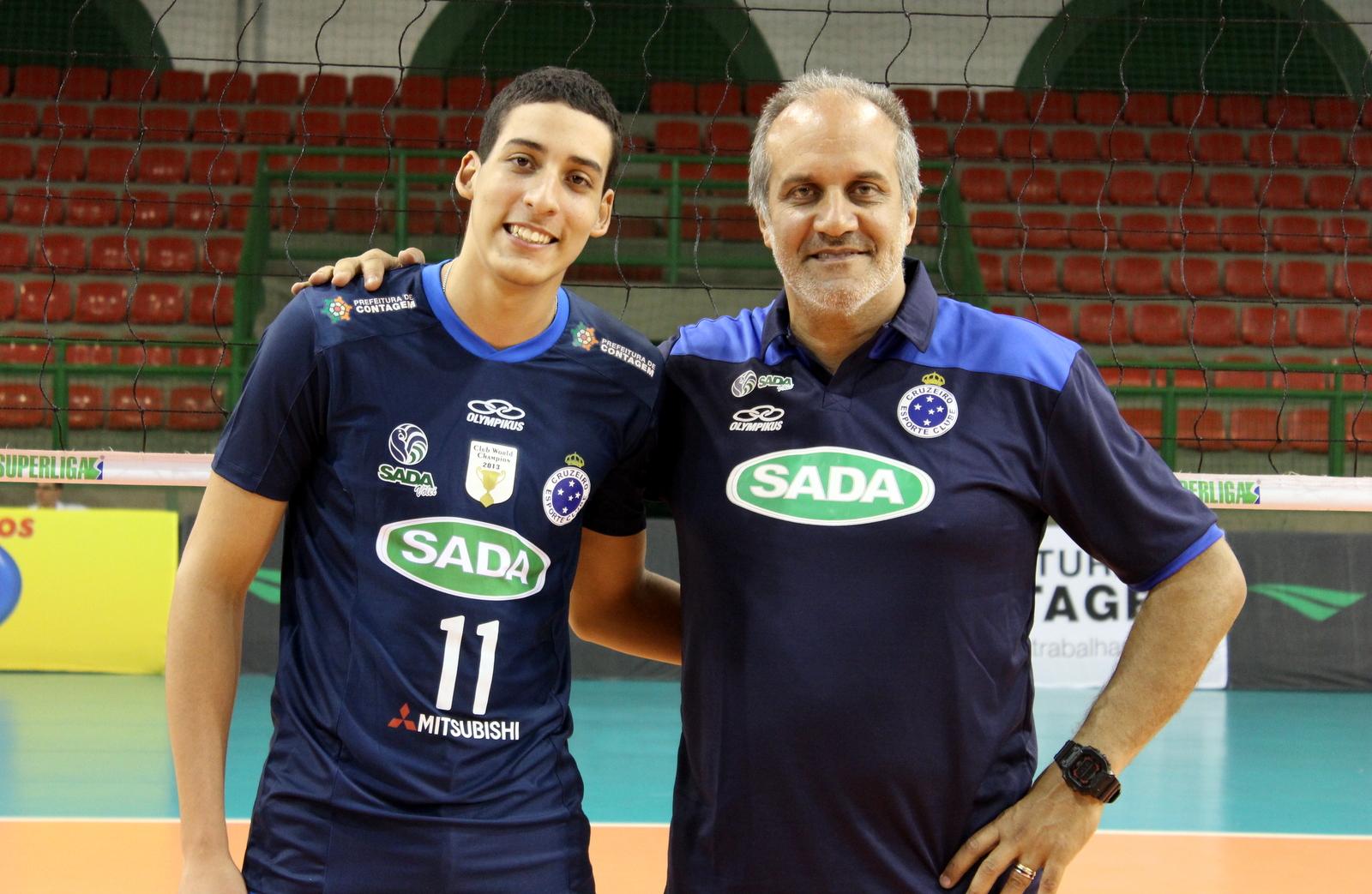 Sada Cruzeiro contrata e aposta na recuperação do ponteiro Rodriguinho c53d372332c54