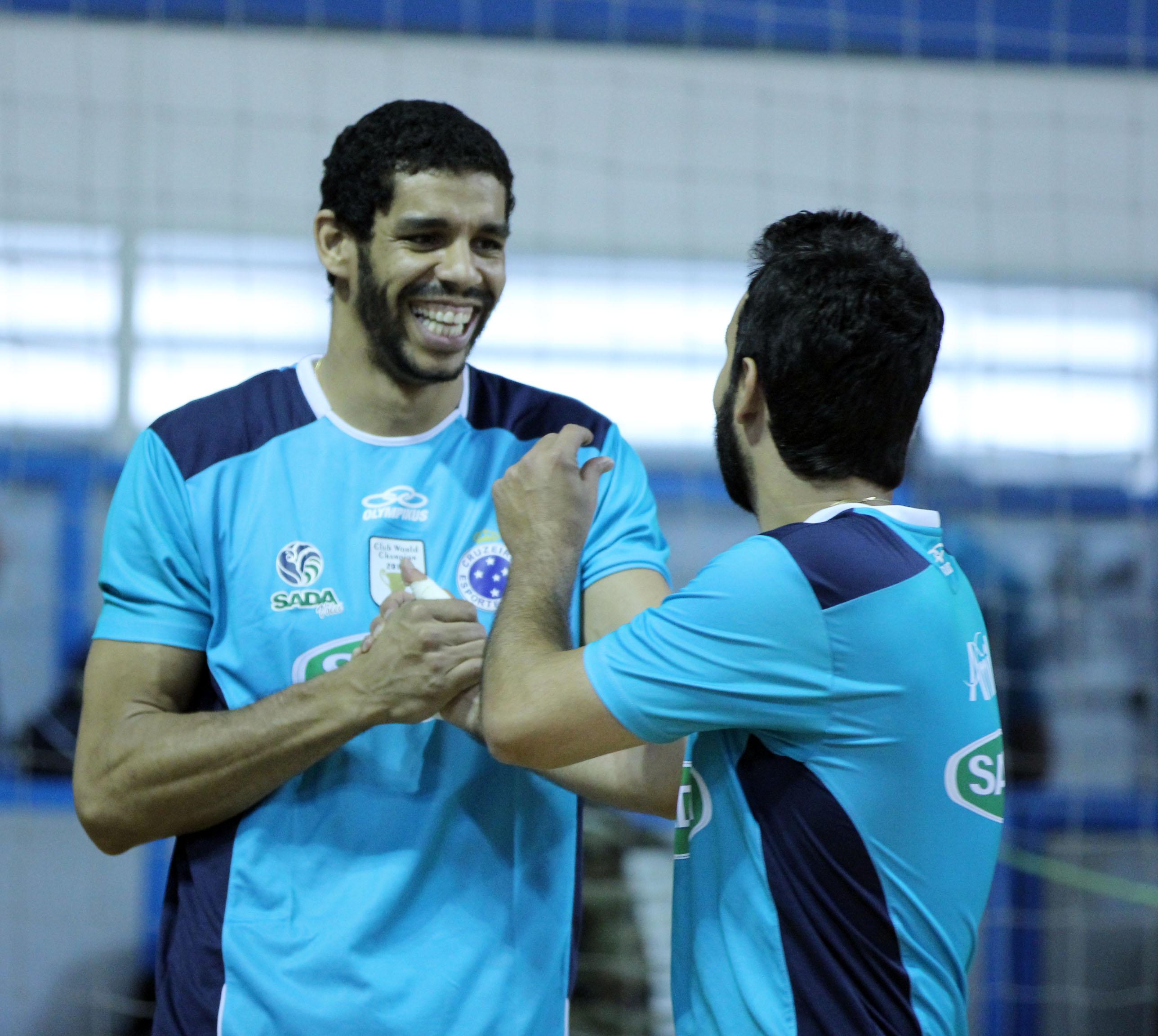 Wallace e Éder voltam ao Sada Cruzeiro após Mundial com a seleção brasileira 39eeb427346b2