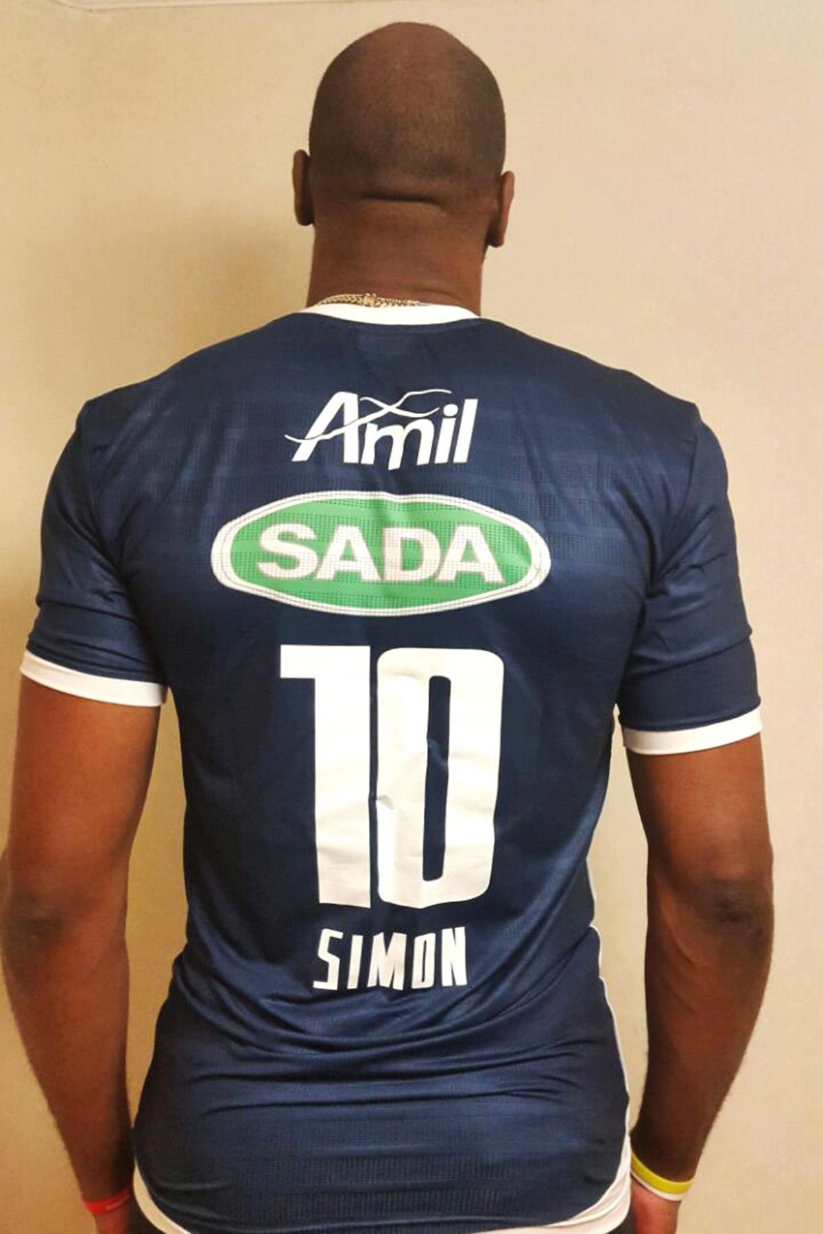 Sada Cruzeiro contrata o central cubano Simon por três temporadas ... b19ef3b6a8933